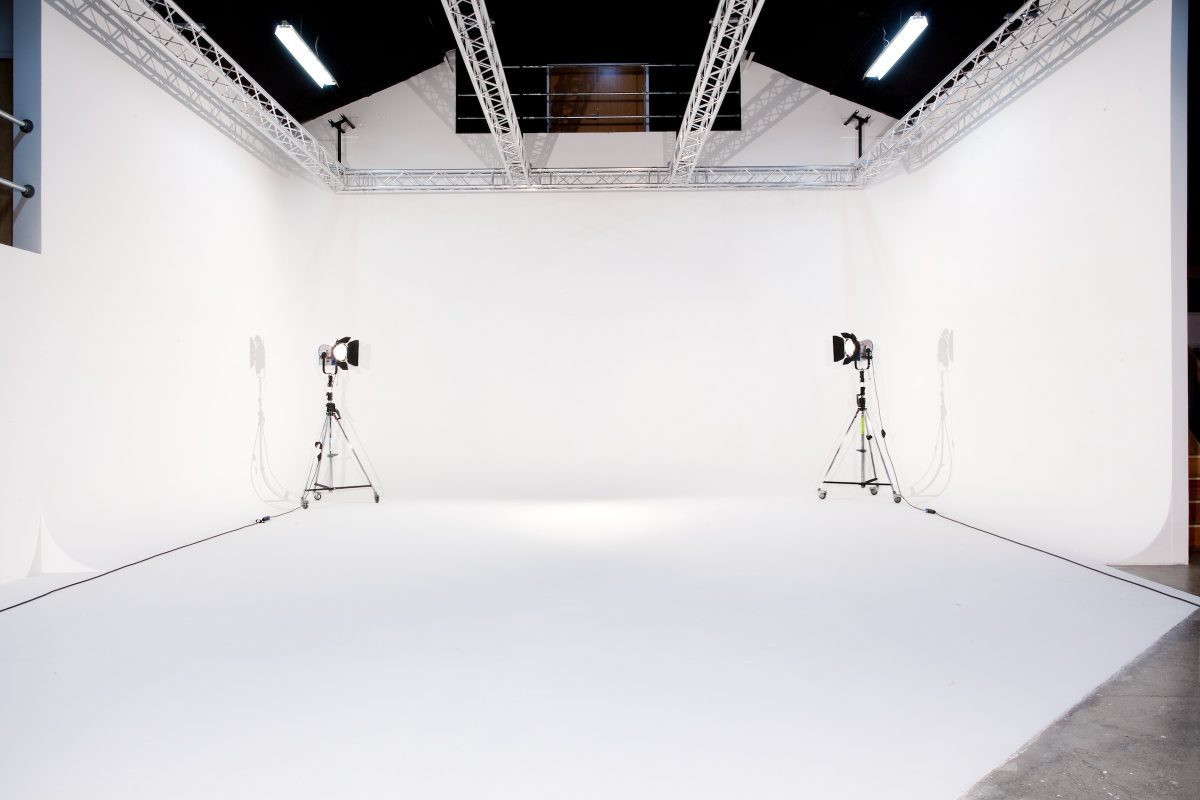 high key photography white background in photography