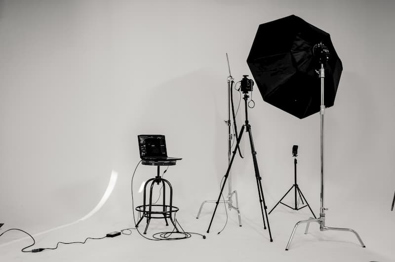 Photography Tips for Low Light - Studio Set Up - Shootfactory