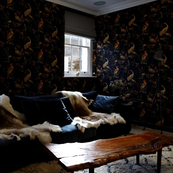 SITTING ROOM WALL PAPER