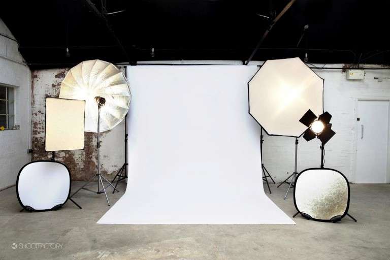 Production Photography: Behind the scenes shooting