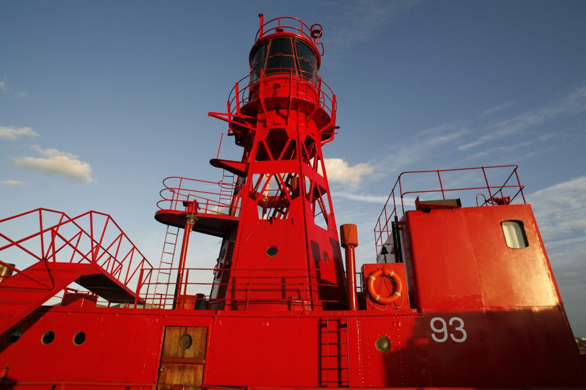 Lightship E16 - red painted ship - quirky - shootfactory location