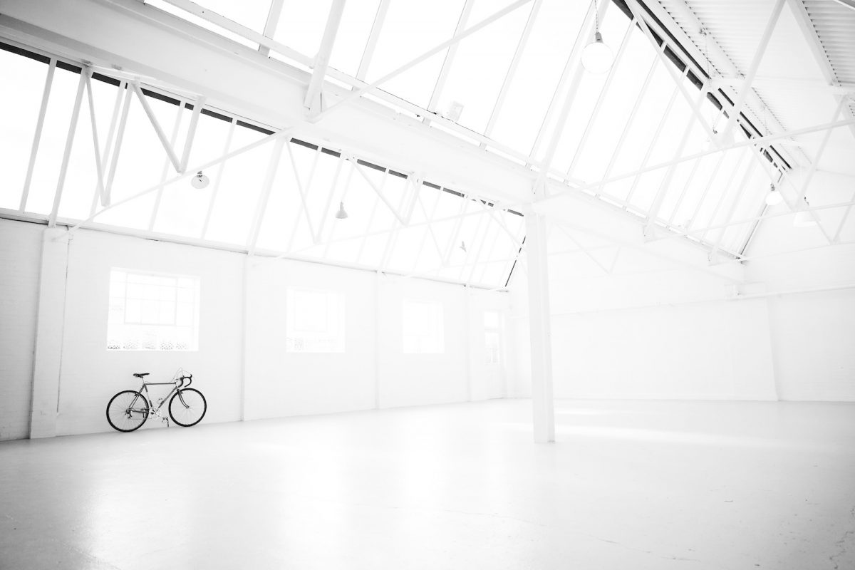 Tucker SW20 - main studio space - all white photographic studios - shootfactory