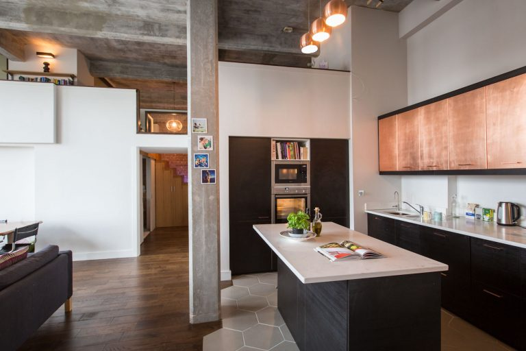 Nice Clapton Loft E5   Copper Fronted Doors   London Apartments   Shootfactory  Location