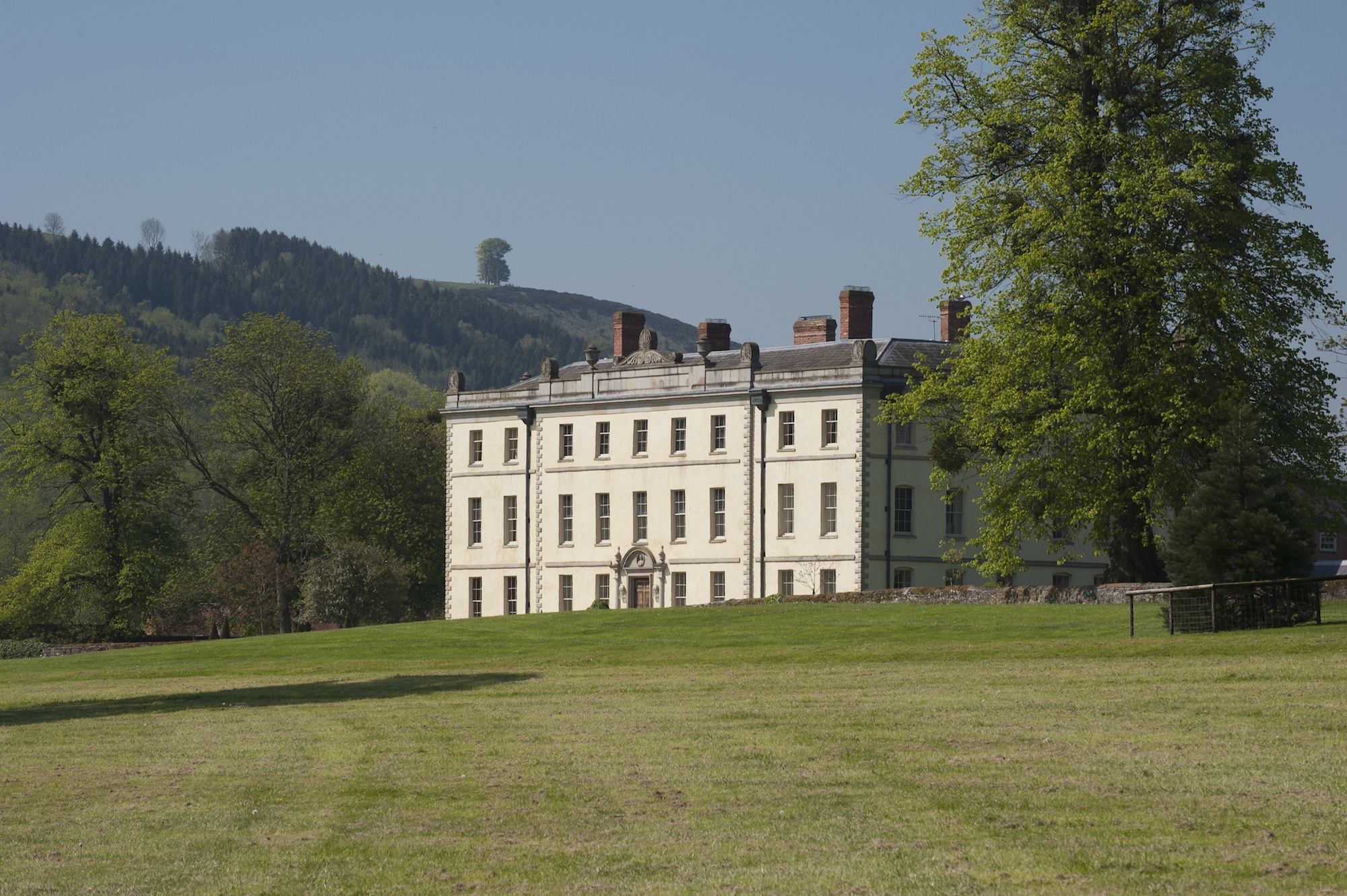 Hereford manor herefordshire hr2 country estate for Manors for sale in usa