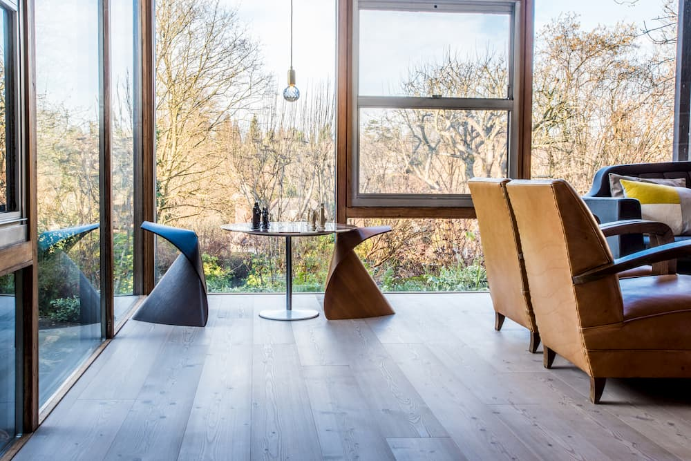 Berkhamsted, Hertfordshire, HP4 - Modernist Location House for Photo Shoots & Filming - SHOOTFACTORY