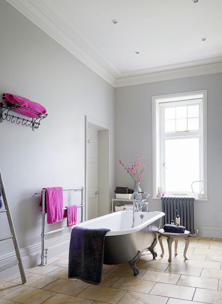 Monochrome Bathroom Interior Design Trends - SHOOTFACTORY