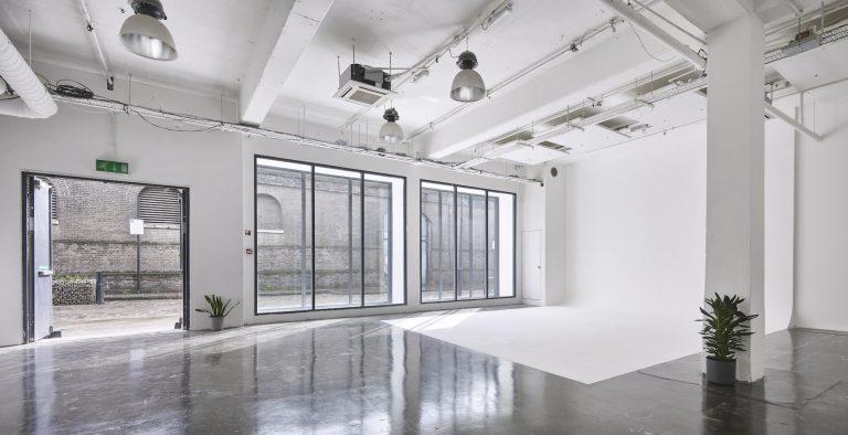 Photography Studio with Natural Light - Pennington One Studio - Shootfactory