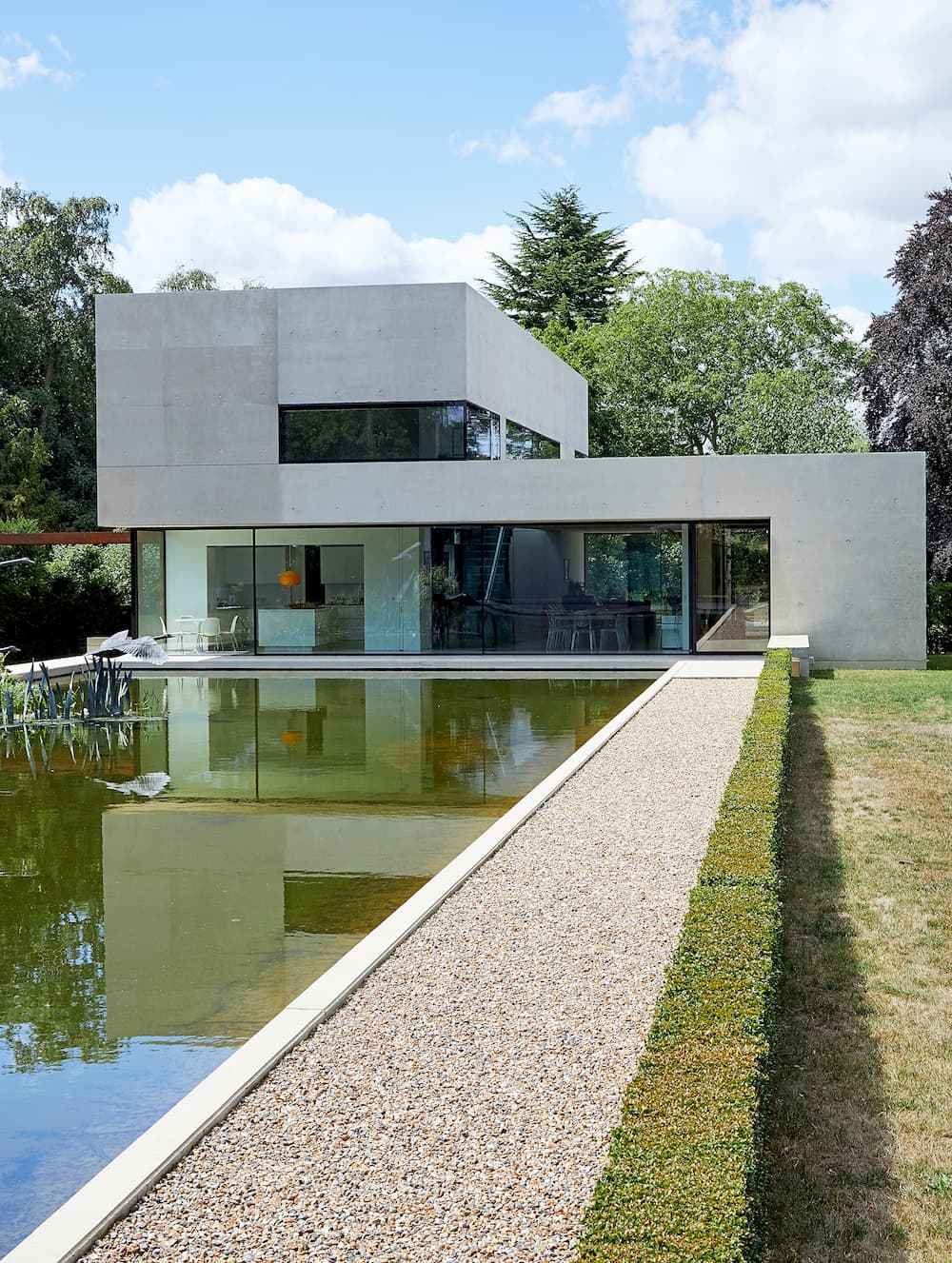 Henley, Henley On Thames, RG9 - Designed Location House on River Thames - SHOOTFACTORY