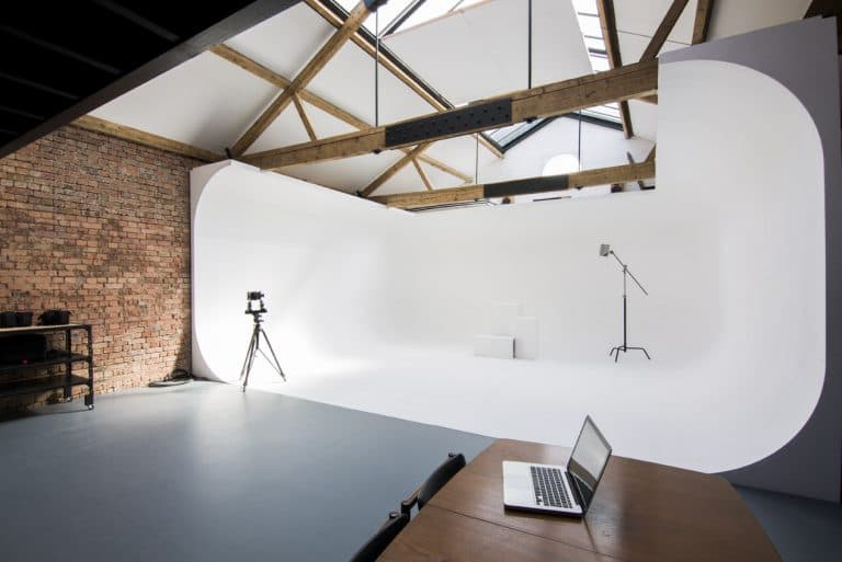Cove Studio - Photography Studio with Natural Daylight - Shootfactory