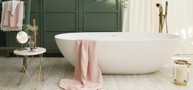 cloud freestanding bath photo shoot - Waters Baths - Shootfactory