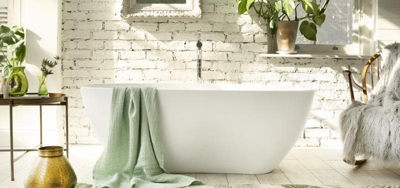 Water Baths Lifestyle Shoot on Location in 'Beckenham'