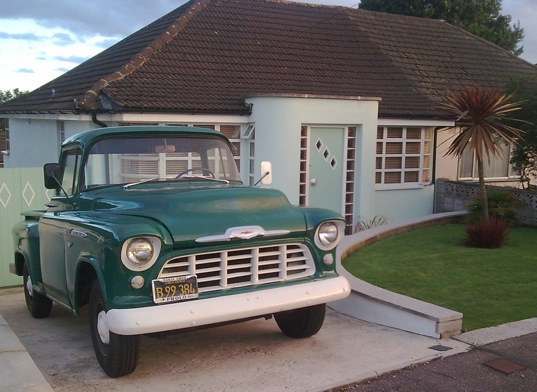 Retro , Watford, WD19 - 1950 Retro Location House - SHOOTFACTORY